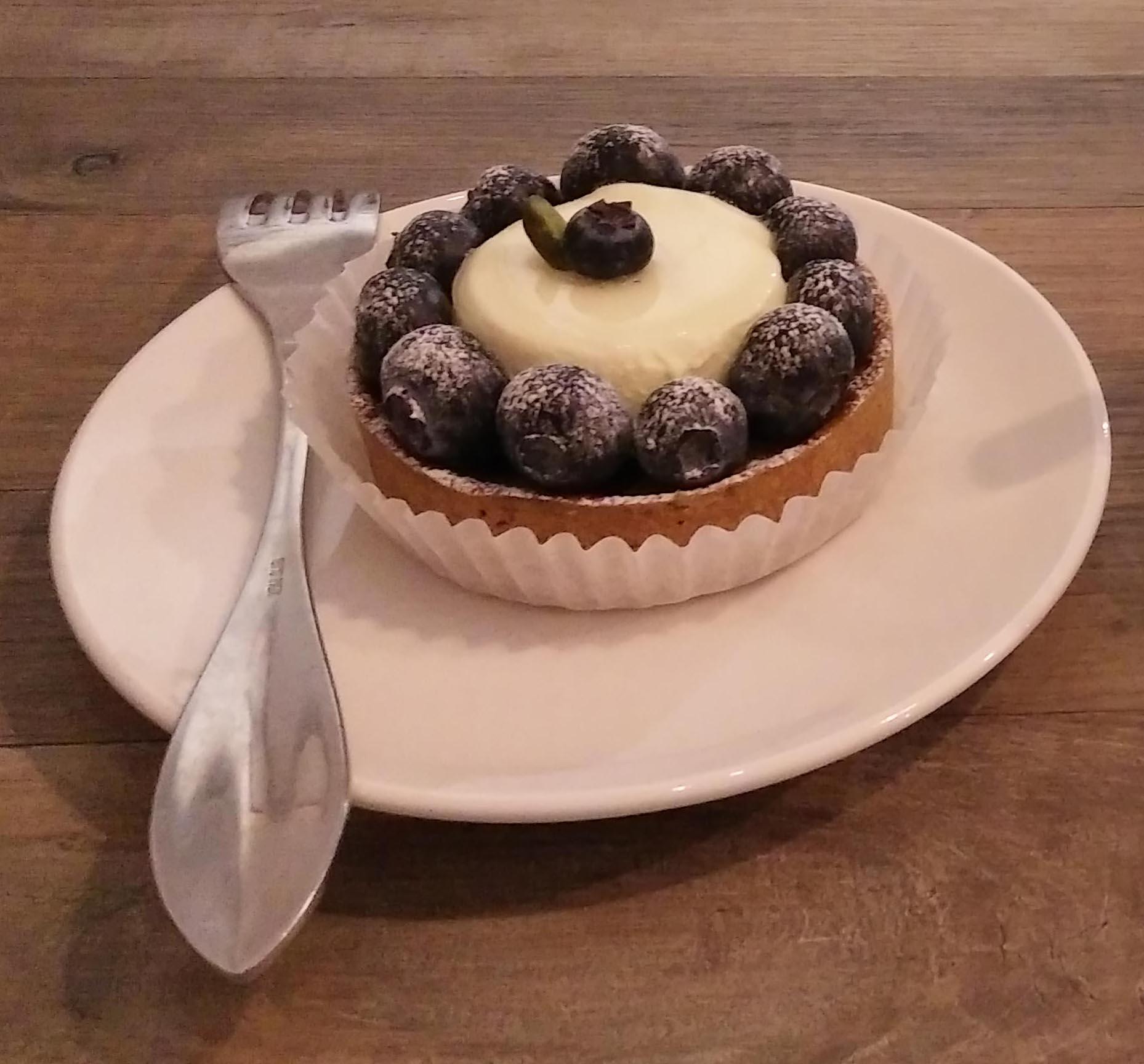 台北市南港昆陽站咖啡店 BOCY Patisserie & Bistro 寶希甜點好食光 藍莓塔